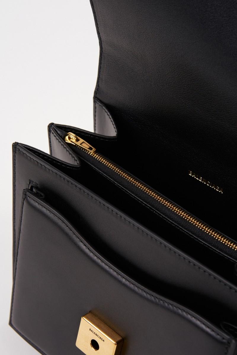 Leder-Tasche mit Kettenriemen Schwarz