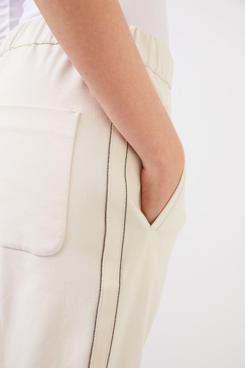 Brunello Cucinelli Baumwoll-Hose mit seitlicher Perlenverzierung Crème