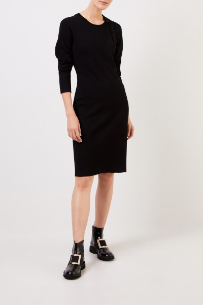 Midi knitted dress with bow Black