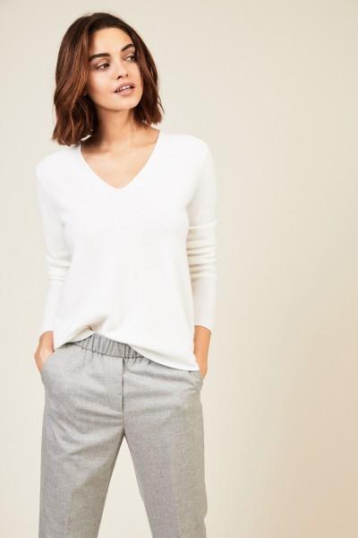 Cashmere Pullover mit rückseitiger Kellerfalte Crèmeweiß