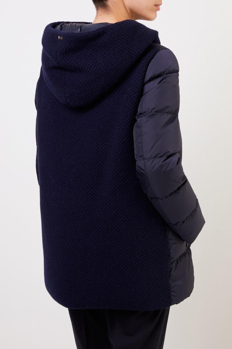 Herno Daunenmantel mit Strickdetails und Kapuze Marineblau