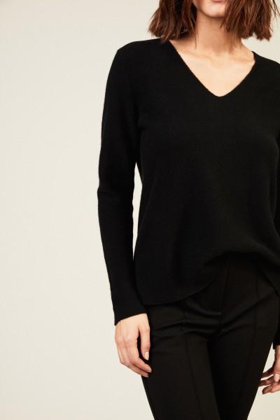Cashmere Pullover mit rückseitiger Kellerfalte Schwarz