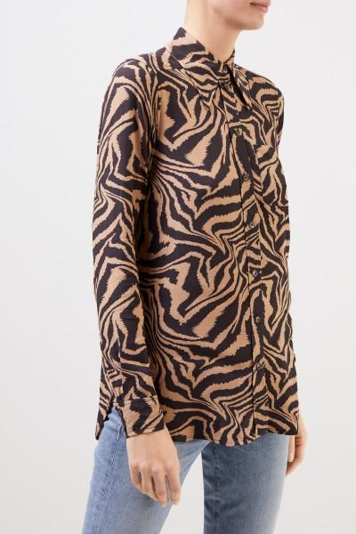 Ganni Klassische Bluse mit Tigerprint Beige/Multi