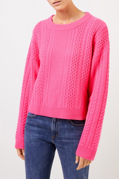 Uzwei Cashmere pullover with cable stitch Pink