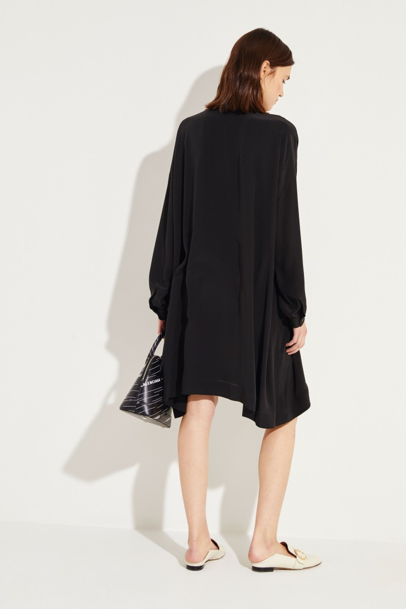 Seiden-Kleid mit Bindedetail Schwarz