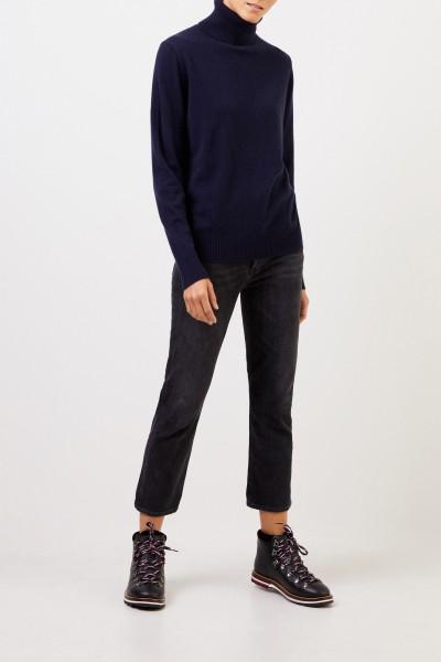 Uzwei Cashmere turtleneck sweater Navy Blue