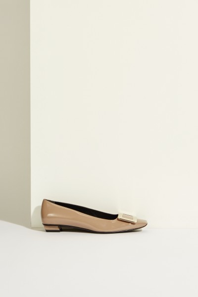 Patent leather flat 'Belle Vivier' with buckle Taupe
