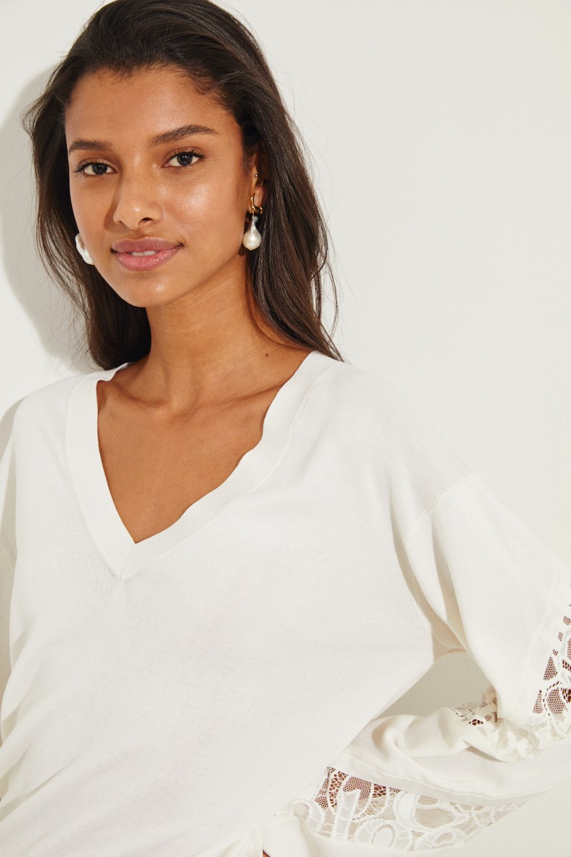 Pullover mit Lace-Details Crème