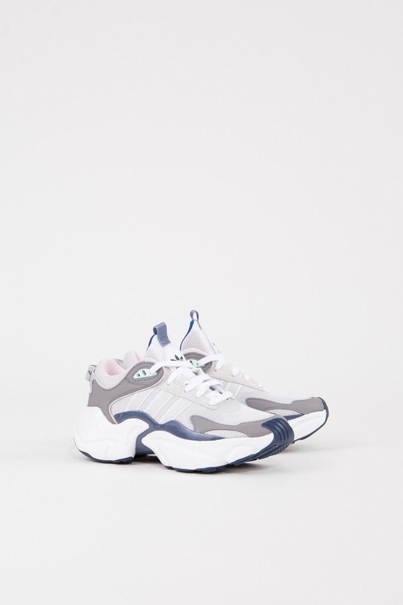 Sneaker 'Magmur Runner W' Weiß/Blau
