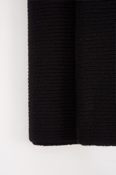 Uzwei Wool cashmere scarf Black