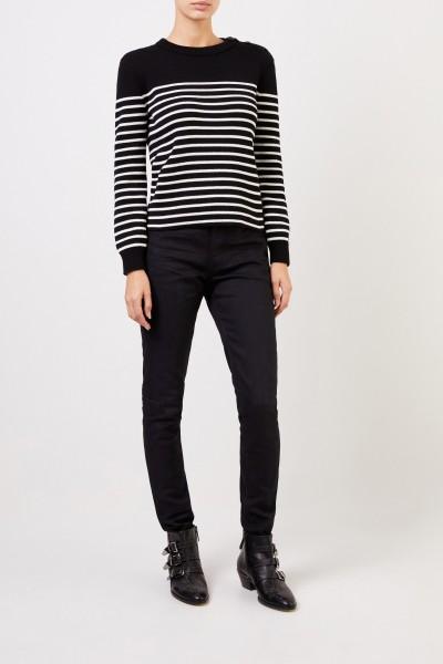 Gestreifter Pullover mit Knopfdetails Schwarz/Weiß