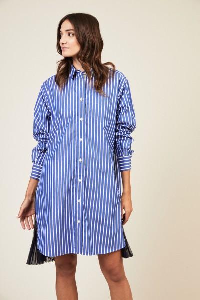 Kleid mit Plissee-Detail Blau/Weiß
