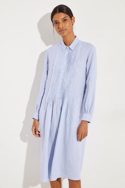 Hemdblusenkleid mit Pliseee-Detail Blau