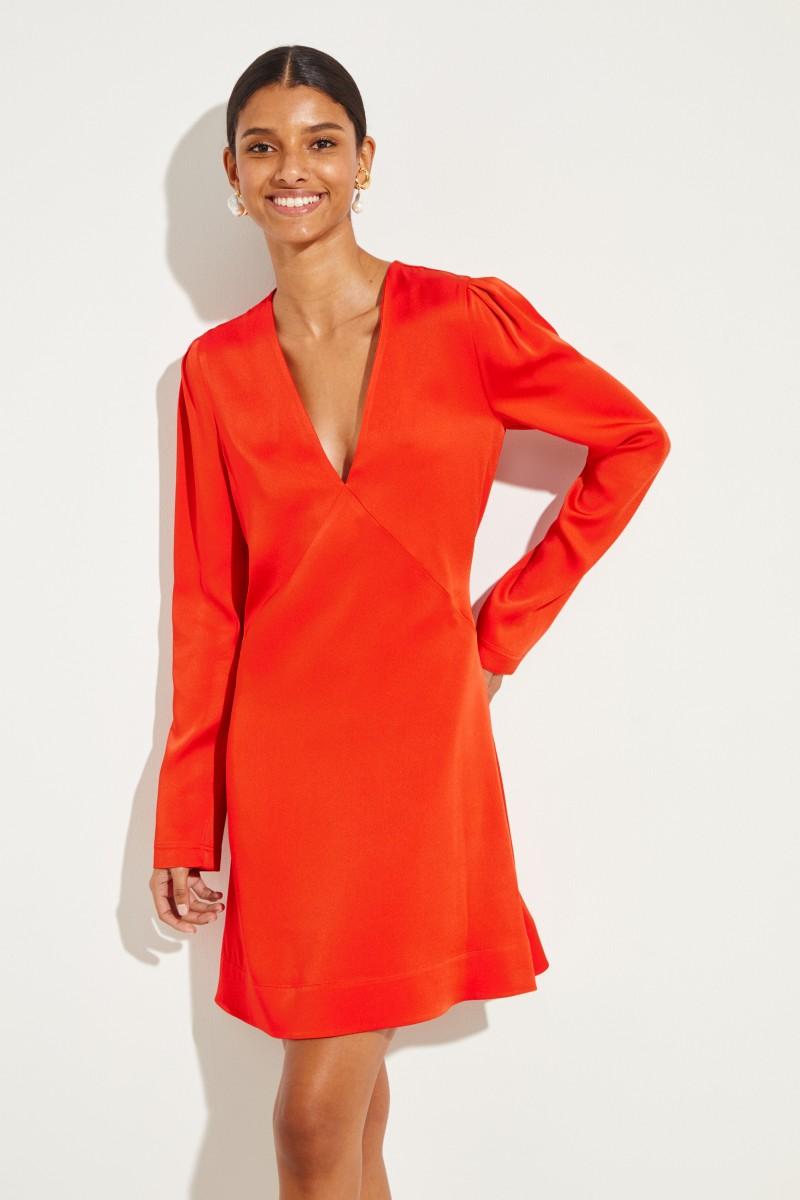 Kurzes Kleid mit Glanz Rot
