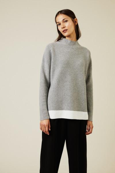 Woll-Seiden-Pullover Grau/Weiß