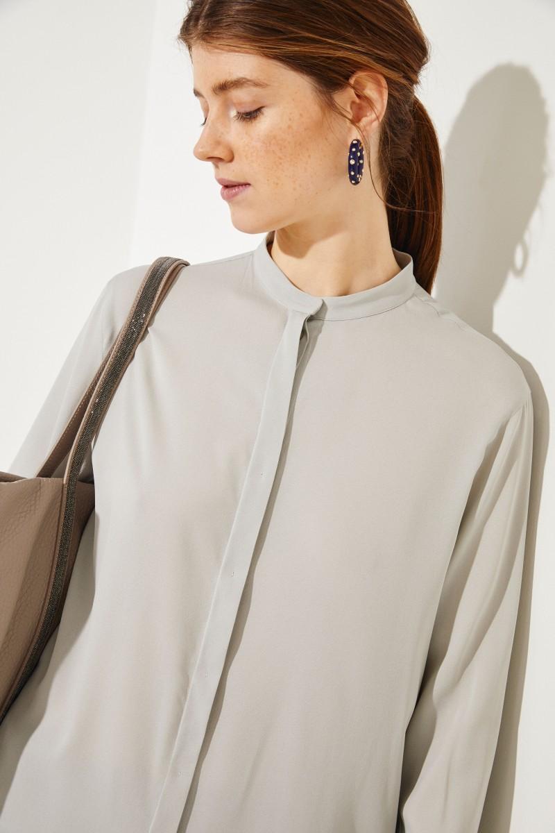 Shopper mit Perlenverzierung Grau