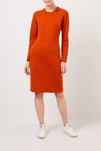 Midi knitted dress with bow detail Orange