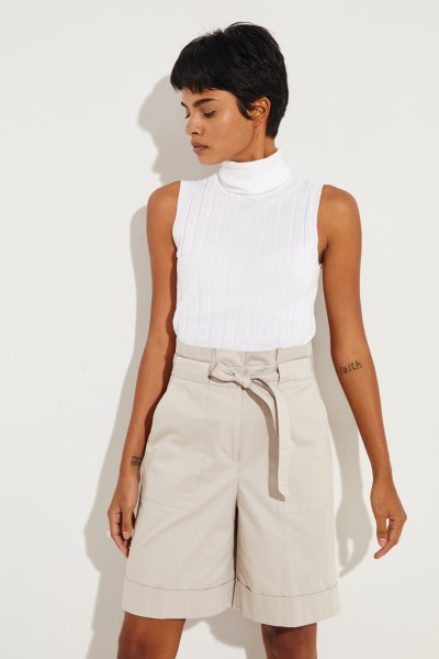 Cotton-Silk-Top with Turtle-Neck White