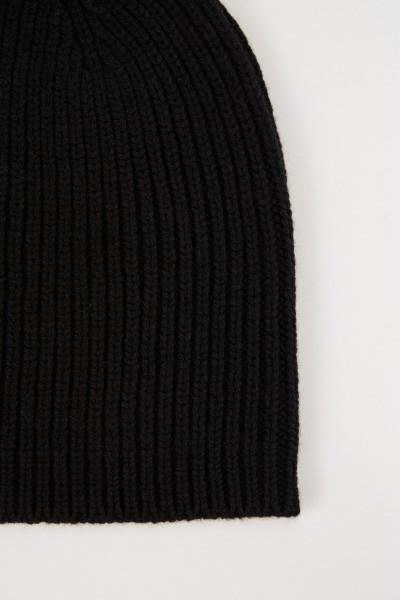 Uzwei Wool cashmere hat Black
