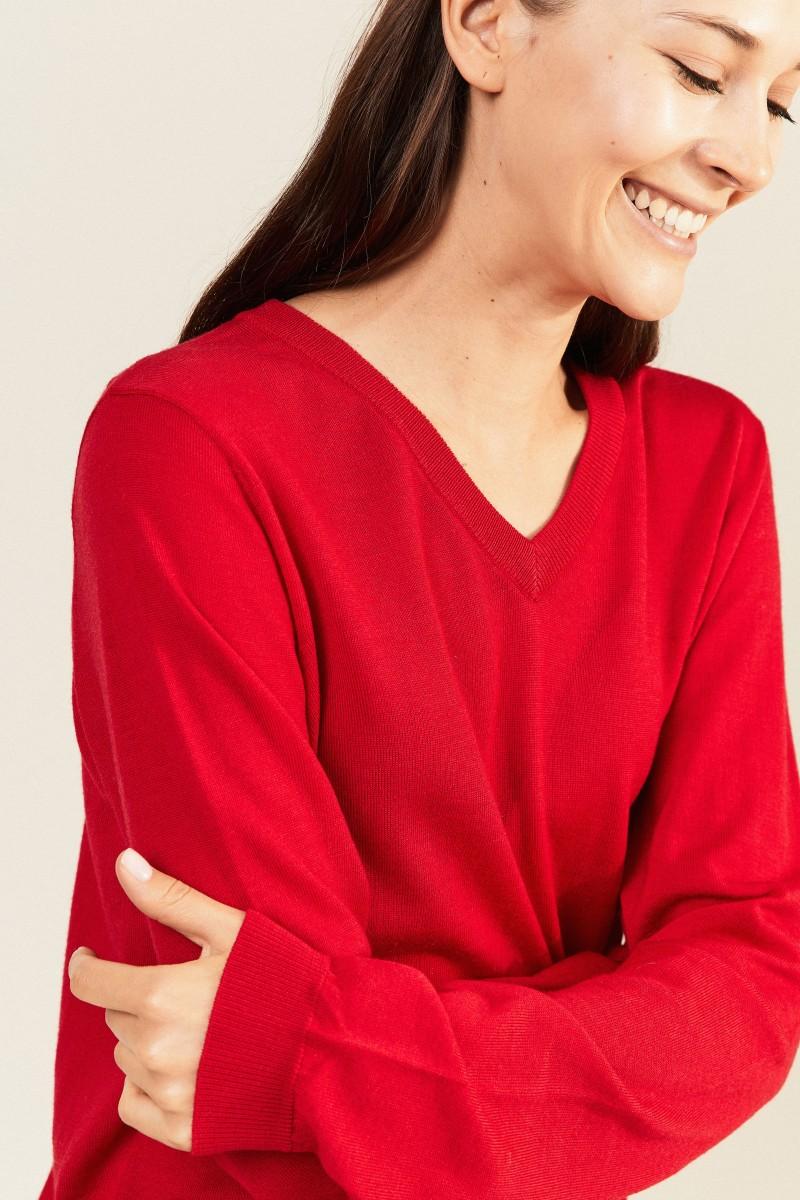 Woll-Pullover mit V-Neck Rot