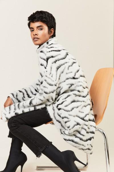 Oversize-Mohair-Pullover Schwarz/Weiß