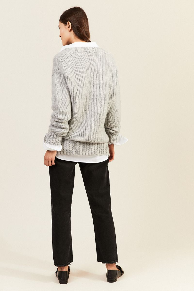 Mohair-Woll-Pullover mit V-Neck Grau