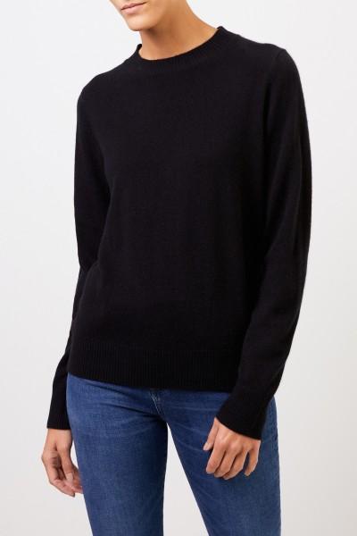 Uzwei Cashmere sweater with rib knit collar Black
