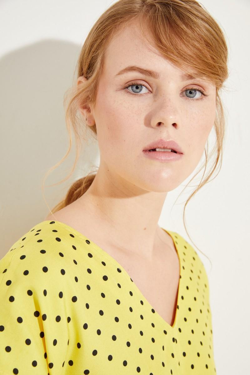 Seiden-Kleid mit Punktemuster Gelb/Schwarz