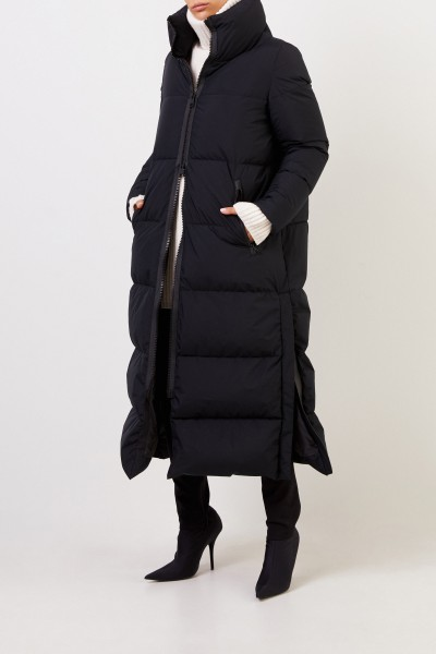 Herno Long down coat with slit detail Black