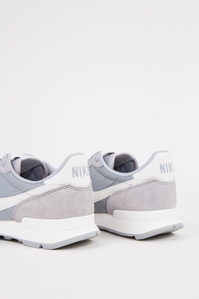 Nike Sneaker 'Internationalist' Grau