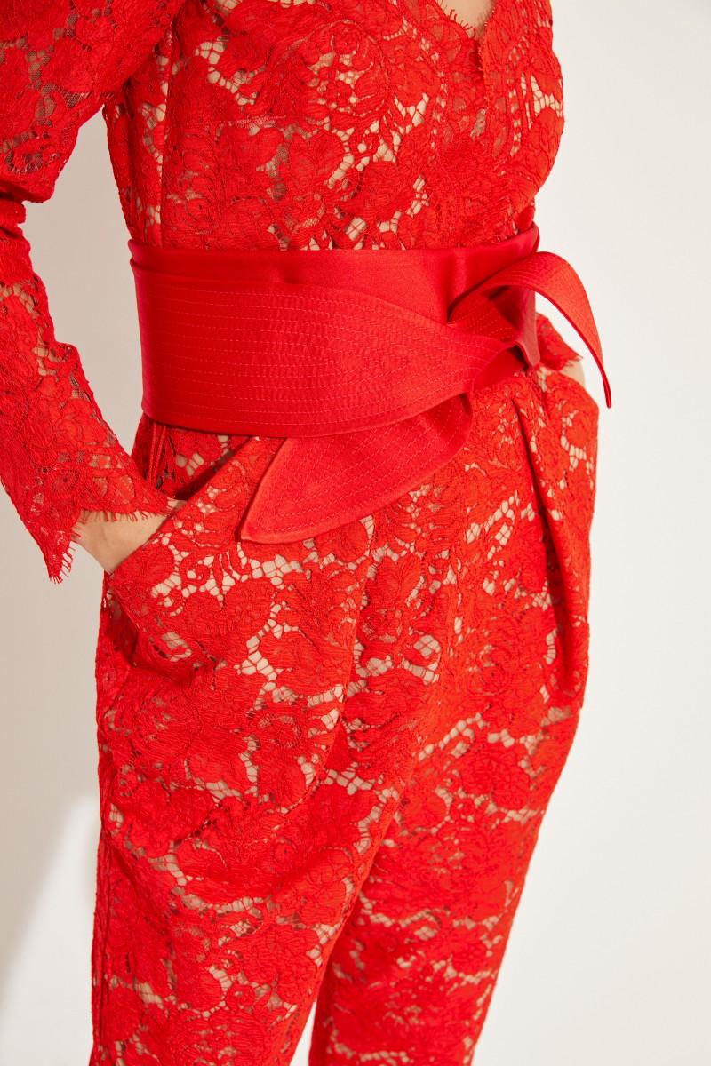 Stella McCartney Spitzen-Jumpsuit mit Gürtel Rot