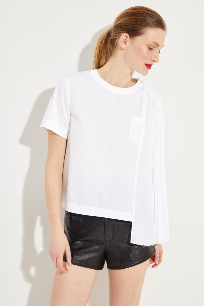 Shirt with pleated detail White