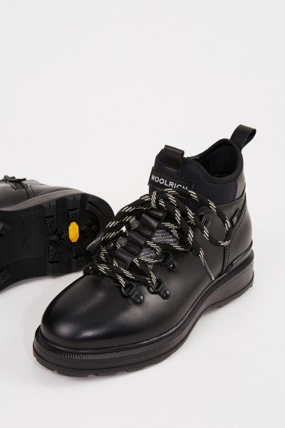 Woolrich Leather boots Black
