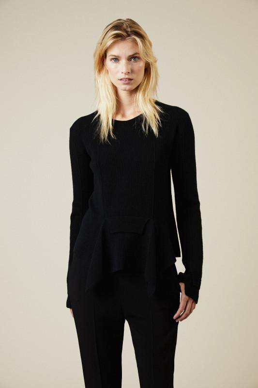 Woll-Pullover mit Details Schwarz