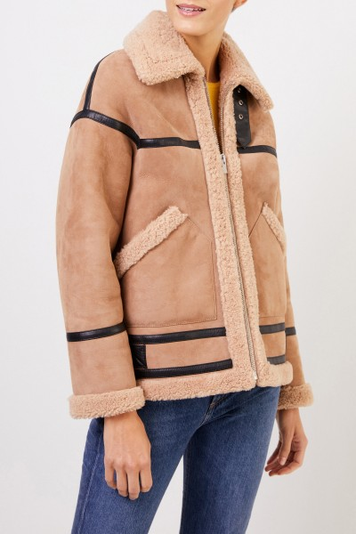 Uzwei Lambskin jacket with flaps Light Brown