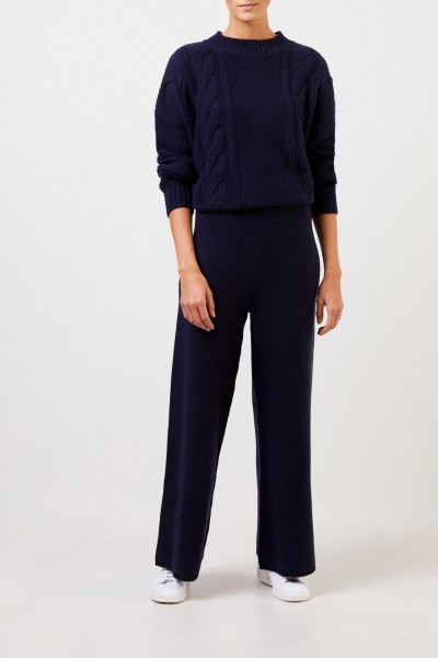 Uzwei Cashmere trousers with wide leg Navy Blue