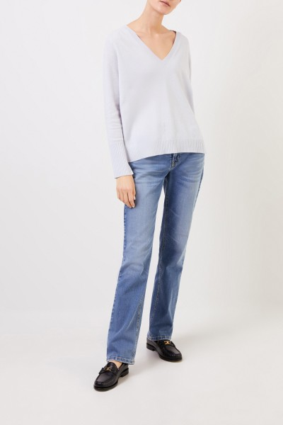 V-neck Cashmere pullover with slits Light Blue