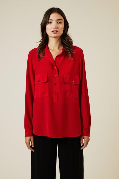 Seidenbluse mit aufgesetzten Brusttaschen Rot
