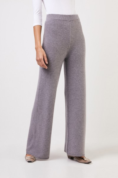 Uzwei Cashmere trousers with wide leg Grey