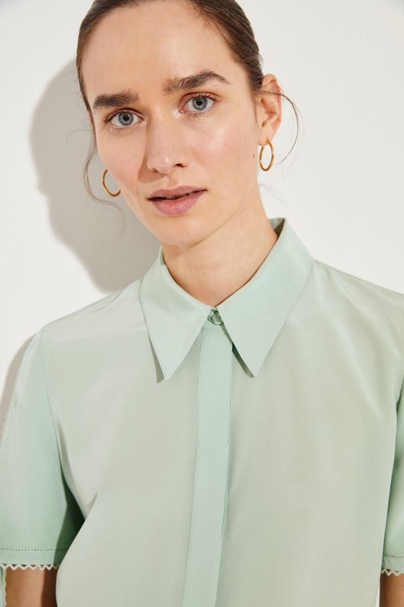 Seiden-Bluse mit Stickerei Mint