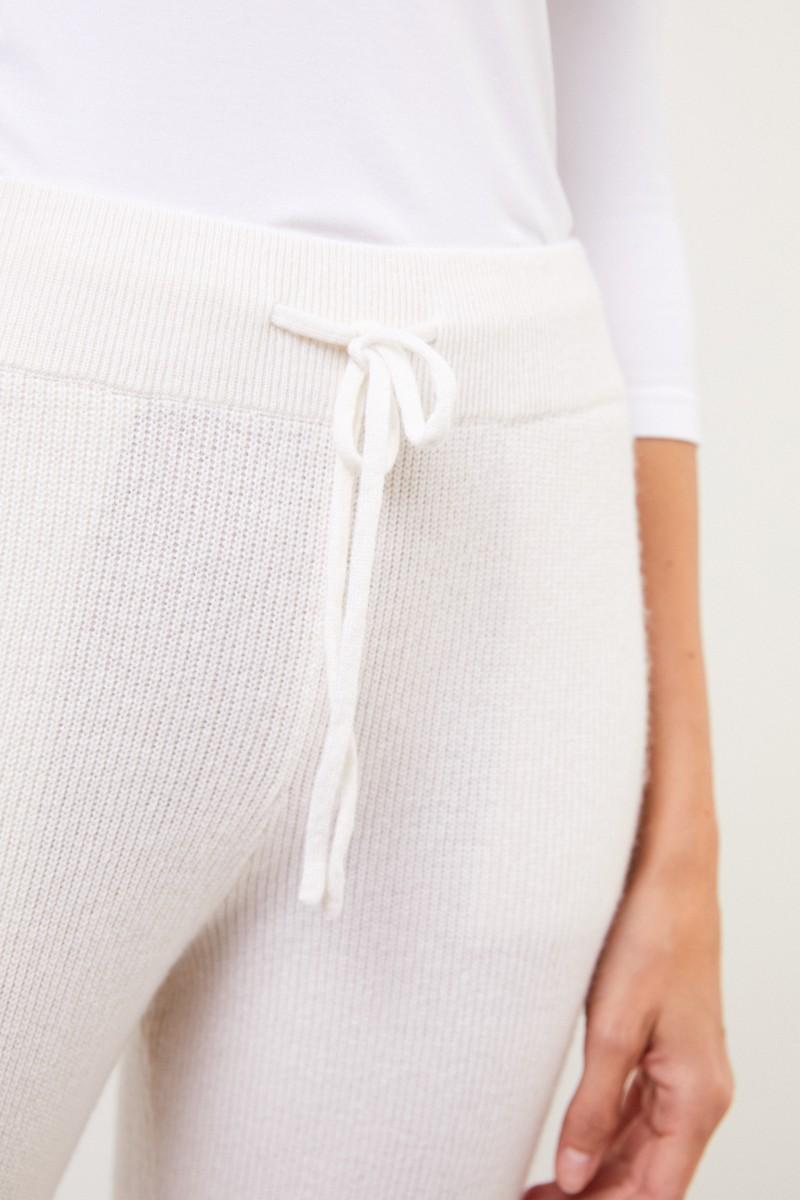 Cashmere-Hose mit Mesh-Strick Weiß